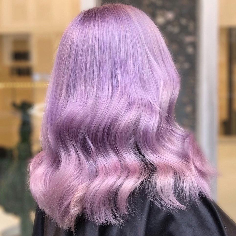 Lila hårfärg